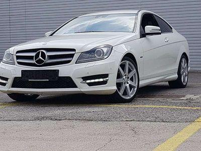 gebraucht Mercedes C220 C-KlasseCDI BlueEfficiency Coupe Aut. AMG-LINE Sportwagen / Coupé