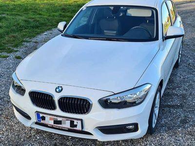 gebraucht BMW 118 1er-Reihe i Automatik Klein-/ Kompaktwagen