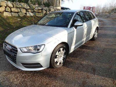 gebraucht Audi A3 Sportback Style 16 TDI DPF Navi Klimatronik Garantie