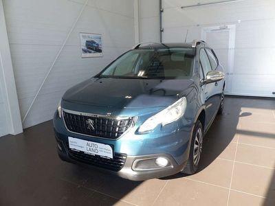 gebraucht Peugeot 2008 1,2 PureTech 110 S&S Style SUV / Geländewagen