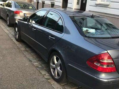 gebraucht Mercedes E320 Avantgarde 4MATIC CDI Aut. voll Ausstattung!