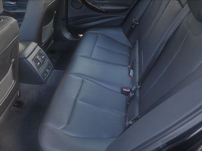 gebraucht BMW 320 d xDrive Ö-Paket Aut. *Topausstattung*1.Besitz!