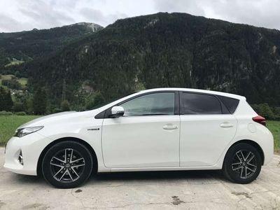 gebraucht Toyota Auris TS 1,8 VVT-i Hybrid Active