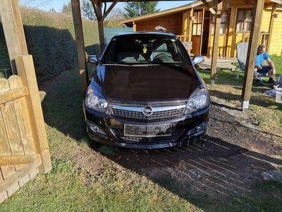 gebraucht Opel Astra GTC 1.6 Sportwagen / Coupé