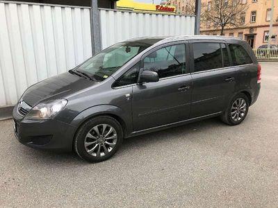 gebraucht Opel Zafira Tourer 7 Sitzer * Pickerl aktuell * 8fach Bereift* Serviceheft *