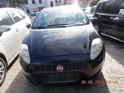 gebraucht Fiat Punto 1,4 Active Klein-/ Kompaktwagen