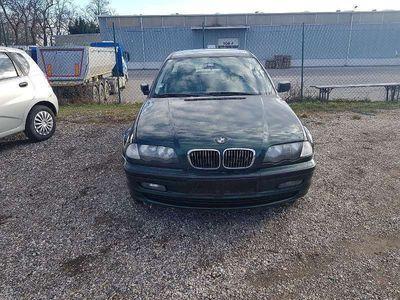 brugt BMW 318 3er-Reihe i Limousine,