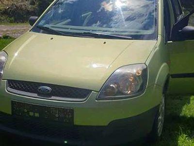 gebraucht Ford Fiesta 1.3 ambiente Klein-/ Kompaktwagen