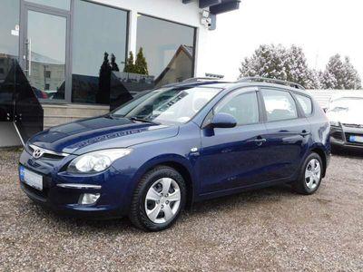 gebraucht Hyundai i30 CW 1,6 CRDi Europe DPF**1.BESITZ** Kombi / Family Van