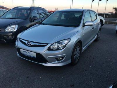 gebraucht Hyundai i30 1,6 CRDi Europe plus DPF
