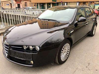 brugt Alfa Romeo 159 159 AlfaSW 1,9 JTDM 8V Sportiva - EURO 4 - KLIMATRONIK - 8 FACH BEREIFT Kombi / Family Van,