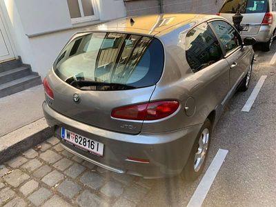 gebraucht Alfa Romeo 147 Alfa 1,9 JTDM TI