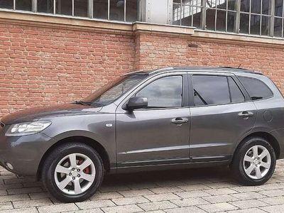 gebraucht Hyundai Santa Fe 2,2 CRDi VGT Style 4WD Aut. SUV / Geländewagen