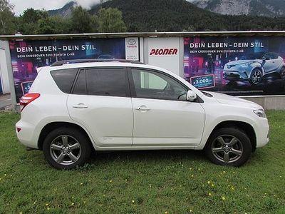 gebraucht Toyota RAV4 2,2 D-4D 150 DPF 4WD Elegance