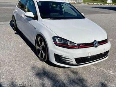 gebraucht VW Golf GTI 2,0 TSI Performance Performance