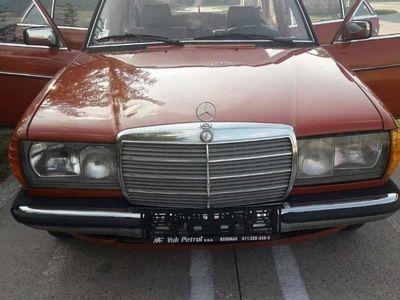 gebraucht Mercedes E200 W123