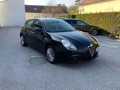 brugt Alfa Romeo Giulietta Limousine,