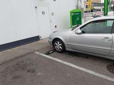 gebraucht Mercedes CLK200 Elegance Aut. Pickel bis November