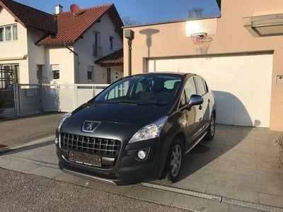 gebraucht Peugeot 3008 1,6 e-HDi 115 FAP ASG6 Allure Kombi / Family Van