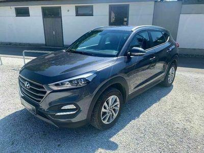 gebraucht Hyundai Tucson 2,0 CRDI 4WD Go