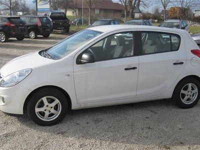 gebraucht Hyundai i20 1,25 Life, 78 PS, 5 Türen, Schaltgetriebe