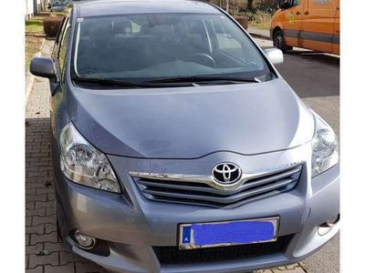 gebraucht Toyota Verso 2,2 D-CAT 150 Comfort DPF Aut.