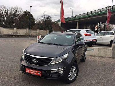 gebraucht Kia Sportage Silber 1,7 CRDi 2WD SUV / Geländewagen