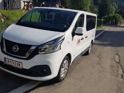 gebraucht Nissan NV300 L1H1 Kombi 2,7t dCi145 Comfort 9 Sitze