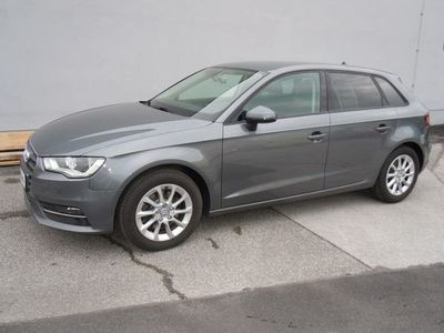 gebraucht Audi A3 Sportback 1.8 TFSI Attraction