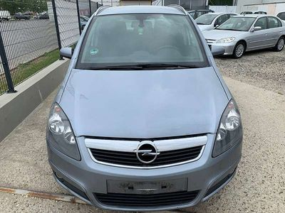gebraucht Opel Zafira Style 1,9 CDTI Kombi / Family Van