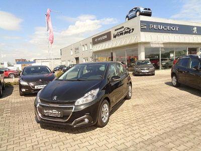 gebraucht Peugeot 208 Active 1,5 BlueHDi 100 S&S Limousine