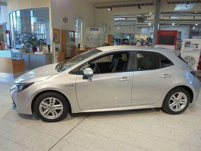 gebraucht Toyota Corolla MM19 1,8l Hybrid Active CON HB Silber Klein-/ Kompaktwagen
