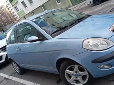 gebraucht Lancia Ypsilon Glamour 1,2 16v