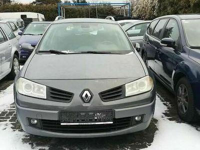 gebraucht Renault Mégane GrandTour Dynamique Luxus 1,9 dCi Kombi / Family Van