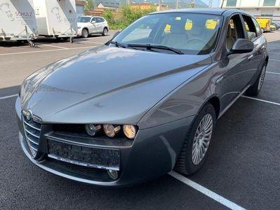 gebraucht Alfa Romeo 159 Alfa SW 1,9 JTDM 16V TI SuperSport
