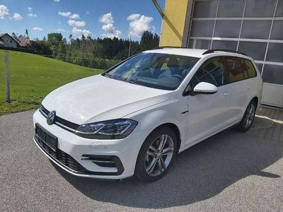 gebraucht VW Golf Variant R-Line 40 1,5 TSI DSG ACT Automatic Kombi / Family Van