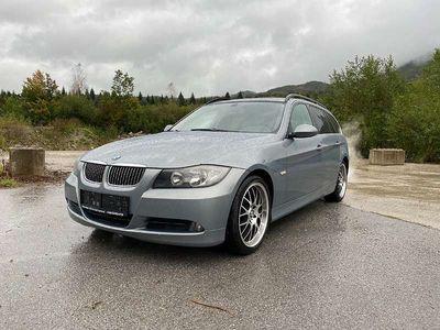 gebraucht BMW 325 3er-Reihe i Touring Aut. Kombi / Family Van