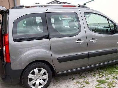 gebraucht Peugeot Partner Tepee Kombi / Family Van