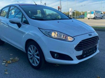 gebraucht Ford Fiesta Titanium Start/Stop Titanium Sitzheizung Led