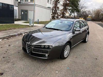 gebraucht Alfa Romeo 159 1.9 JTDm Kombi / Family Van,