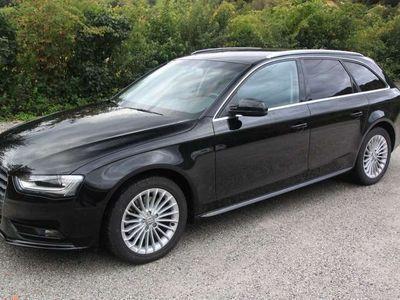 gebraucht Audi A4 Avant 2,0 TDI quattro Style Kombi / Family Van