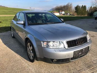gebraucht Audi A4 2,5 TDI quattro*S-Line*Leder*Xen*Sitzhzg*AHK*6-Gan