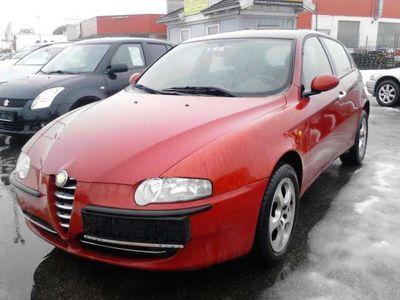 gebraucht Alfa Romeo 147 147 Alfa1,6 Twin Spark Progression (Euro 4) Klein-/ Kompaktwagen