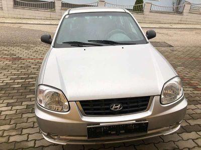 gebraucht Hyundai Accent 1,5 Hachback CRDii Klein-/ Kompaktwagen