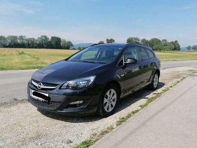 gebraucht Opel Astra ST 2,0 CDTI ECOTEC Edition Aut. + Standheizung