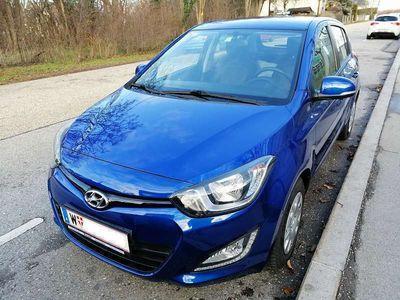 gebraucht Hyundai i20 1,25 Life Upgrade Klein-/ Kompaktwagen,