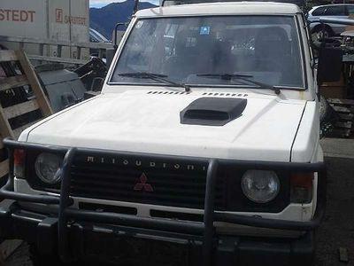 gebraucht Mitsubishi Pajero L049 SUV / Geländewagen