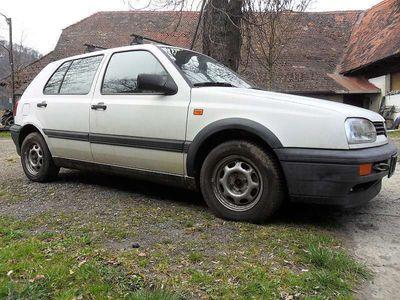 gebraucht VW Golf 1.6 Benzin, defekt, keine Papiere Klein-/ Kompaktwagen,