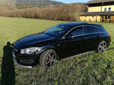 gebraucht Mercedes CLA250 Shooting Brake CLA-Klasse4matic AMG Sport SHOOTING BREAK Kombi / Family Van