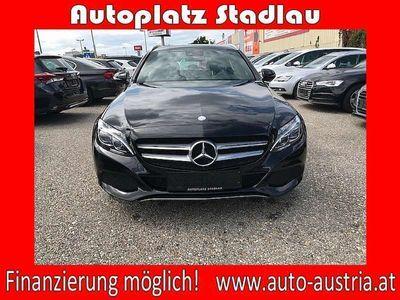 gebraucht Mercedes C220 C-Klassed T 4MATIC Avantgarde Aut. LEDER NAVI *FI... Kombi / Family Van,